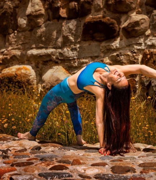 Bewegung im natürlichen Fluss – Vinyasa Yoga